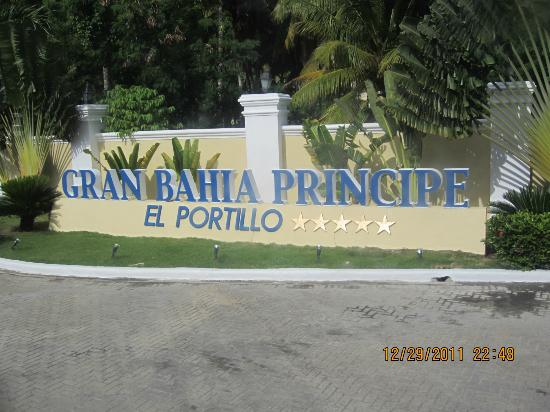 Grand Bahia Principe El Portillo: Welcome sign