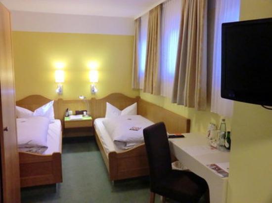 Frankenhof Hotel: Room View
