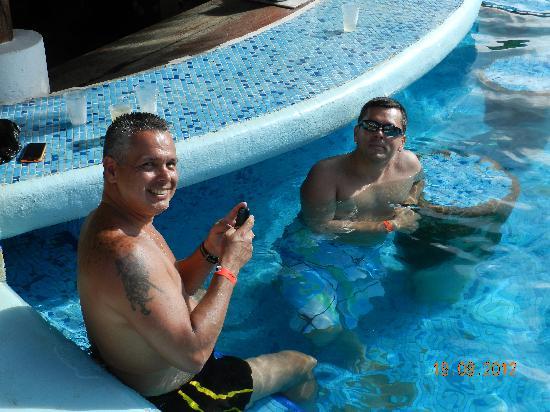 Hesperia Playa El Agua: en el bar de la Piscina