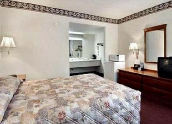 Liberty Inn: Other Hotel Services/Amenities