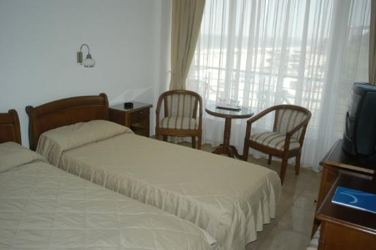 Amiral Hotel: Hotel Amiral Mamaia Room With Beds