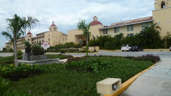 All Ritmo Cancun Resort & Waterpark: Main Entrance