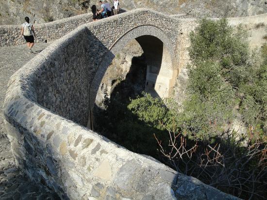 Чивита, Италия: Il Ponte del diavolo a Civita