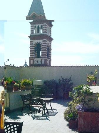 Casa di Santa Brigida: roofgarden with tower