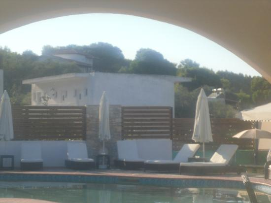 Skiathos Island Suites: Pool area