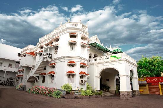 Taj Mahal Hotel, Abids