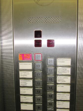 Twenty-One: elevators with 21 sign