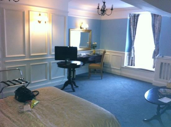The Bull at Burford : the market suite