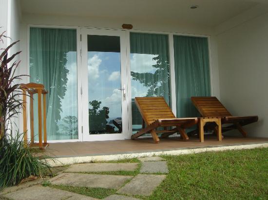 Sea View Resort & Spa Koh Chang: Eingangsbereich Familienzimmer