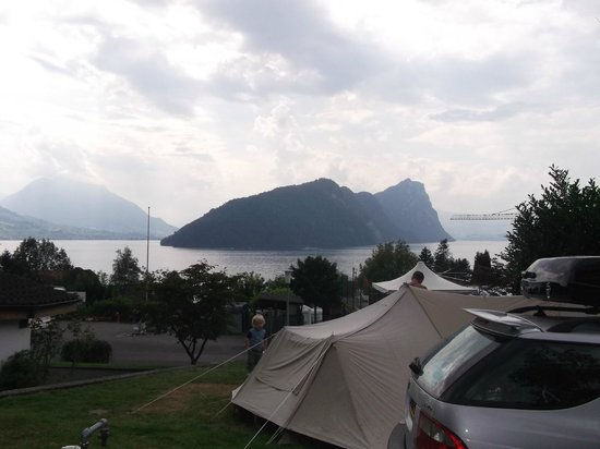 Camping Vitznau: Views from our pitch