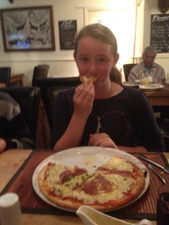Whitesands Seafood Restaurant: huge pizza