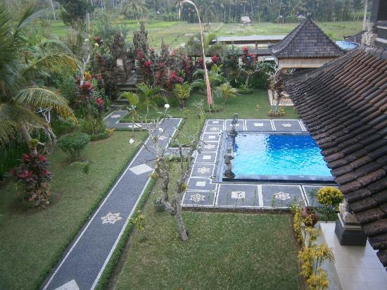 Villa Agung Khalia: Pool from second floor