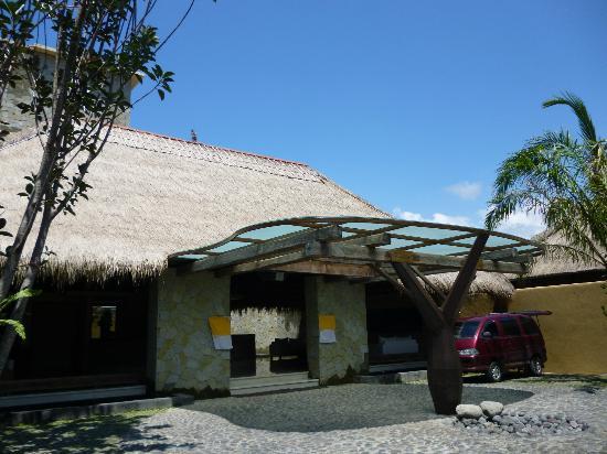 코마네카 앳 라사 사양 사진