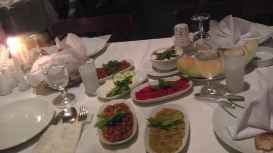 Tarihi Havuzlu Kosk Restaurant