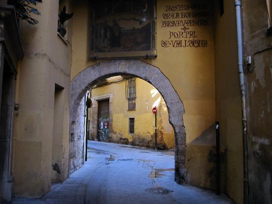 Barrio del Carmen : Portal de la Valldigna