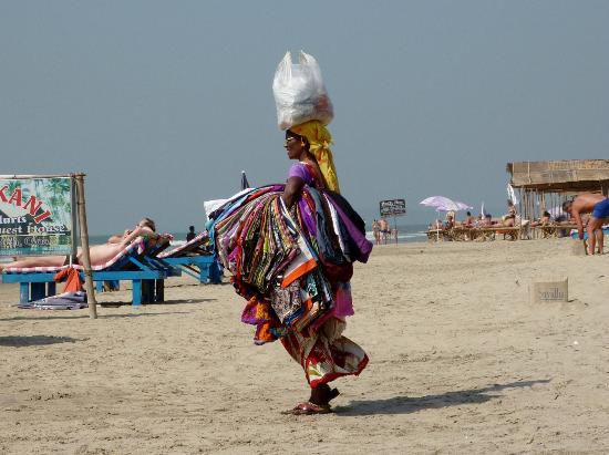Mandrem Beach: Beach seller