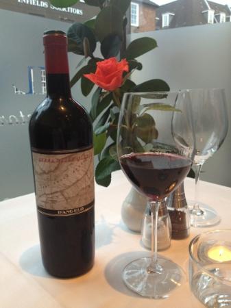 Il Fiume Ristorante Italiano: delicious wine