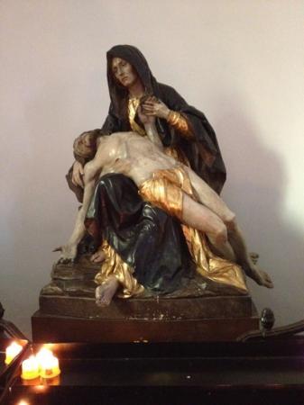 Holy Ghost Church: Virgin Mary statue