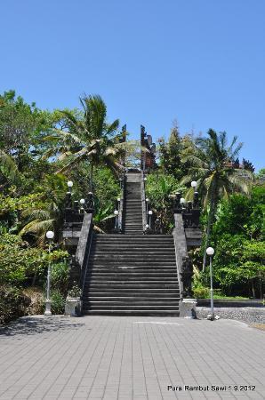 Pura-pura yang paling terkenal di Bali  7cf1411ac5