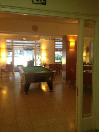 Nereida Hotel : salle de jeux bar et restauration