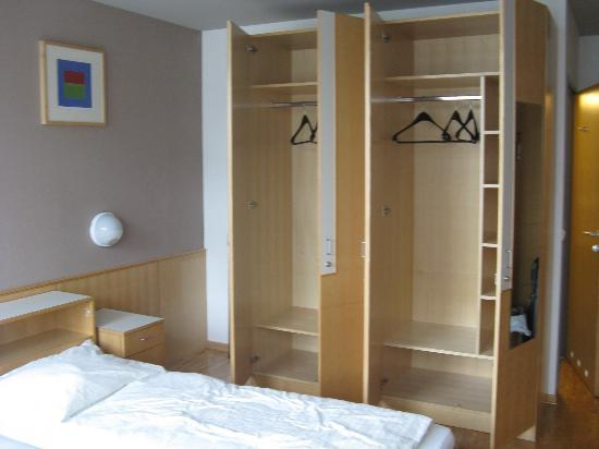 AllYouNeed Hotel Salzburg: Room - pic 3