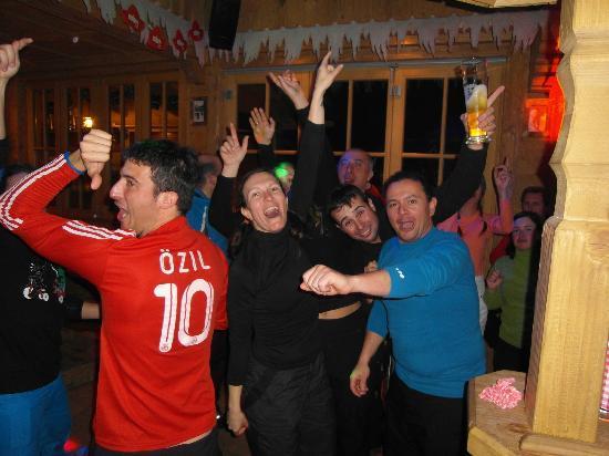 Jogglkessl Aprés Ski: Partystimmung