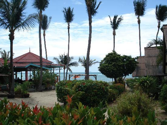 Secret Garden Beach Resort: dall'ingresso
