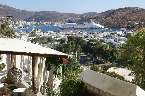 Kalderimi Studios: view from Kalderimi