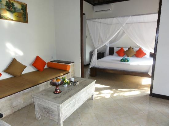 Ubud Dedari Villas: interior villa