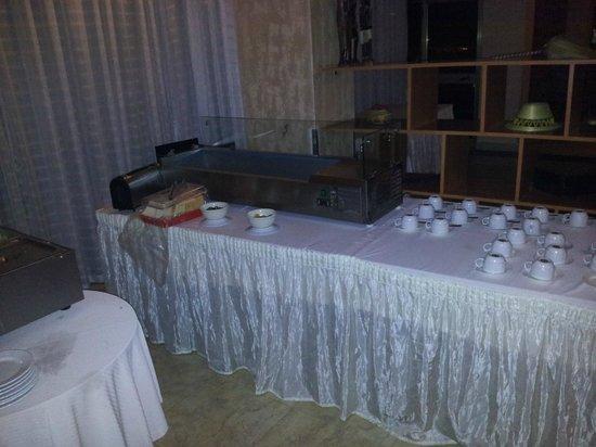 """Top Ten Hotel: Das ist das komplette Frühstücks""""buffet""""!"""