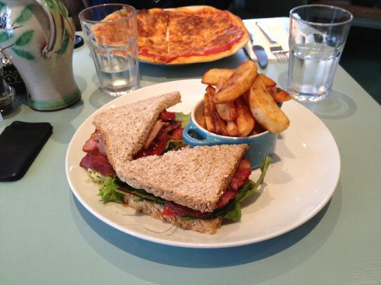 Sutor Creek: Lunch