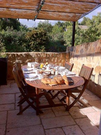 La Corbière: Terrasse pour les petits déjeuners