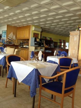 Le Crabe: très belle salle de restaurant