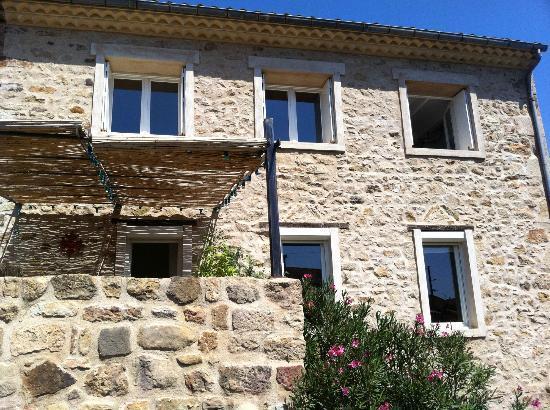La Corbière: maison vue de derriere