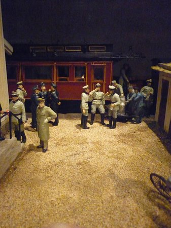 Army Museum: The Germans come to town