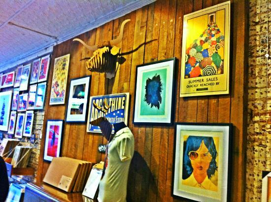 Blue dog posters prints buffalo horns and wooden art
