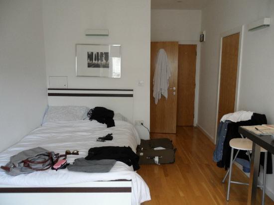 camera - Picture of Hyde Park Executive Apartments, London - TripAdvisor