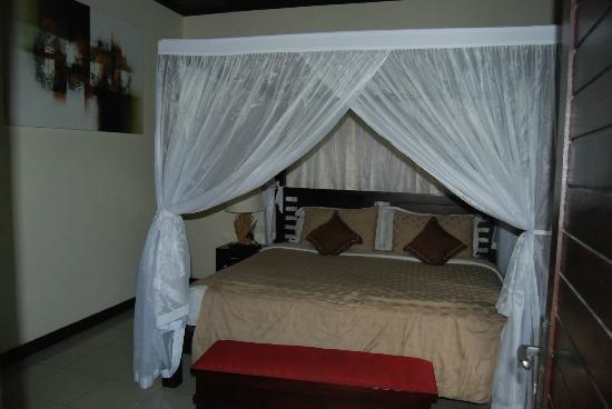 Rumah Santai Villas: bed
