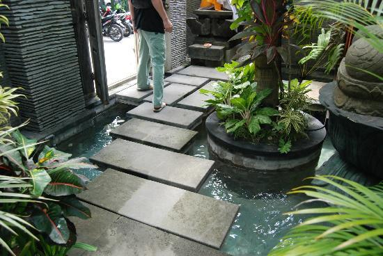 Rumah Santai Villas : Entrance