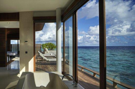 Park Hyatt Maldives Hadahaa: Park Water Villa interior