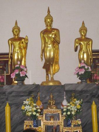 写真Wat Bowonniwet Vihara枚