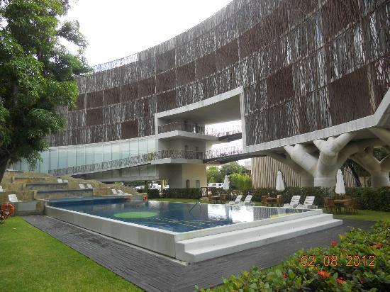 Holiday Inn Tuxpan: fachada interior del hotel