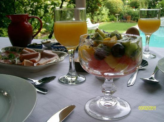 10 Alexander: Breakfast