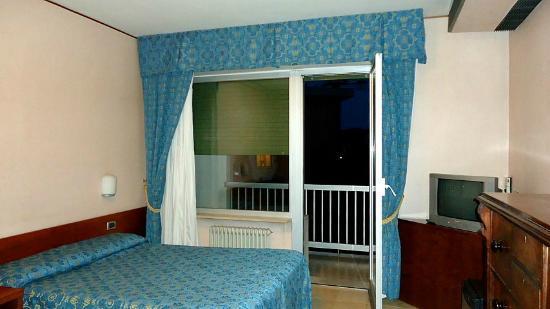 Hotel Ghironi: Quarto triplo