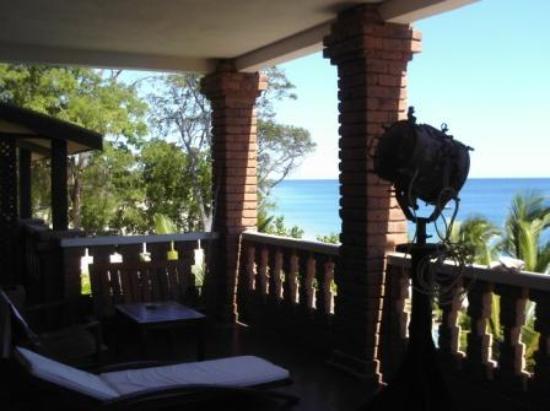 Marovasa Be : balcon de la chambre