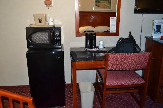Super 8 North Bergen NJ/NYC Area: Microwave + Fridge