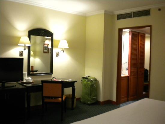 Grand Aquila Hotel Bandung: Habitaciónes amplias