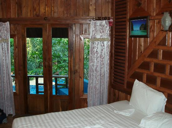 Phu Pha Ao Nang Resort and Spa : Interno della camera