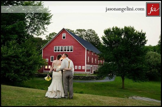Waitsfield, Вермонт: A perfect wedding venue!-photo by Jason Angelini