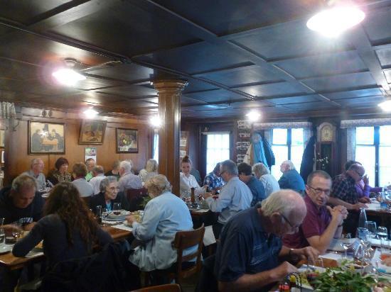 Wirtshaus Galliker: Main dining area